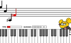 Piano-playing-with-a-mouse